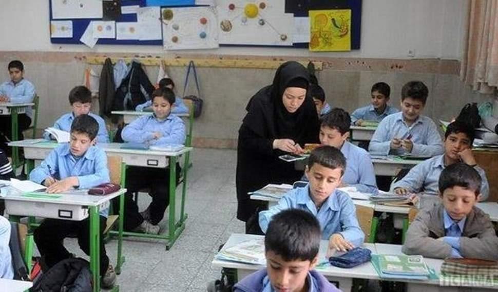 ۴ هزار معلم مازندران در آستانه سال تحصیلی بازنشسته شدند