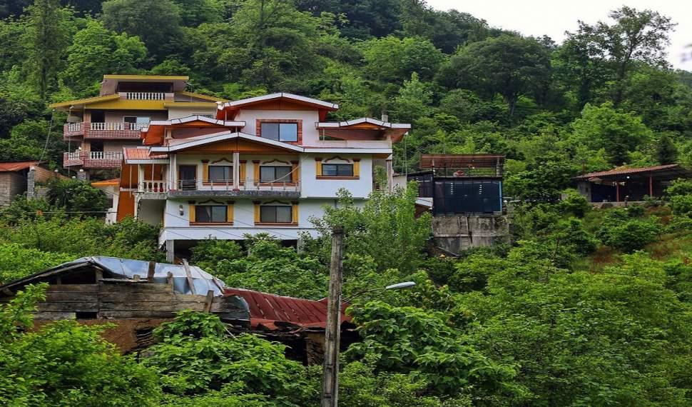 جولان ساختمانهای آنچنانی در دل طبیعت