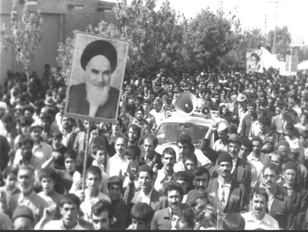 632213 - واقعه 18 دی 57، شناسنامه انقلابی مردم ساری/رمز نامگذاری خیابان 18 دی چه بود؟